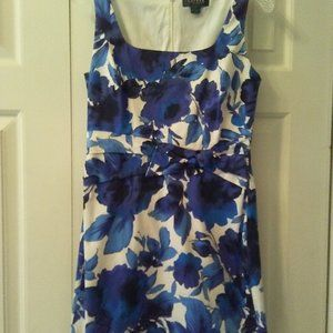 Ralph Lauren blue and white floral dress size 6
